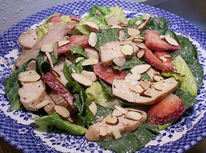 CHICKEN STRAWBERRY SPINACH SALAD - Linda's Low Carb Menus & Recipes