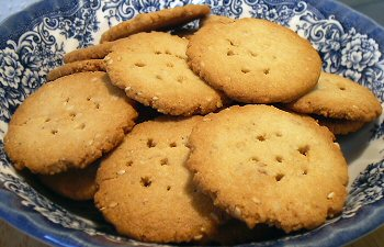 RITZY CRACKERS - Linda's Low Carb Menus & Recipes