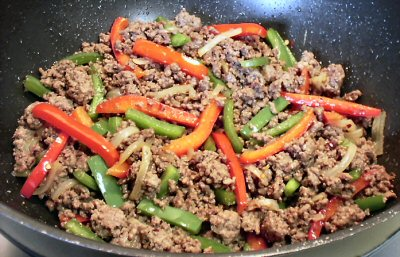 spicy pepper beef skillet dinner 2 pounds ground beef 1 small onion ...