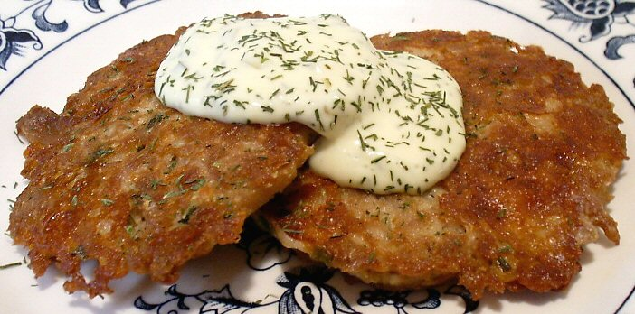TUNA PATTIES WITH TARTAR SAUCE
